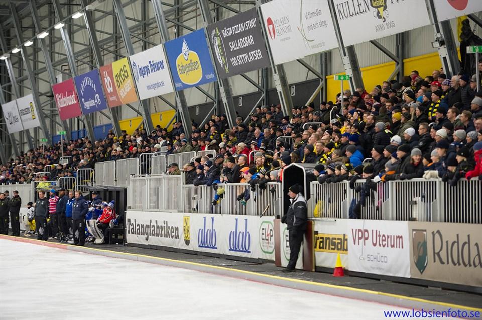 Publik i Sapa Arena